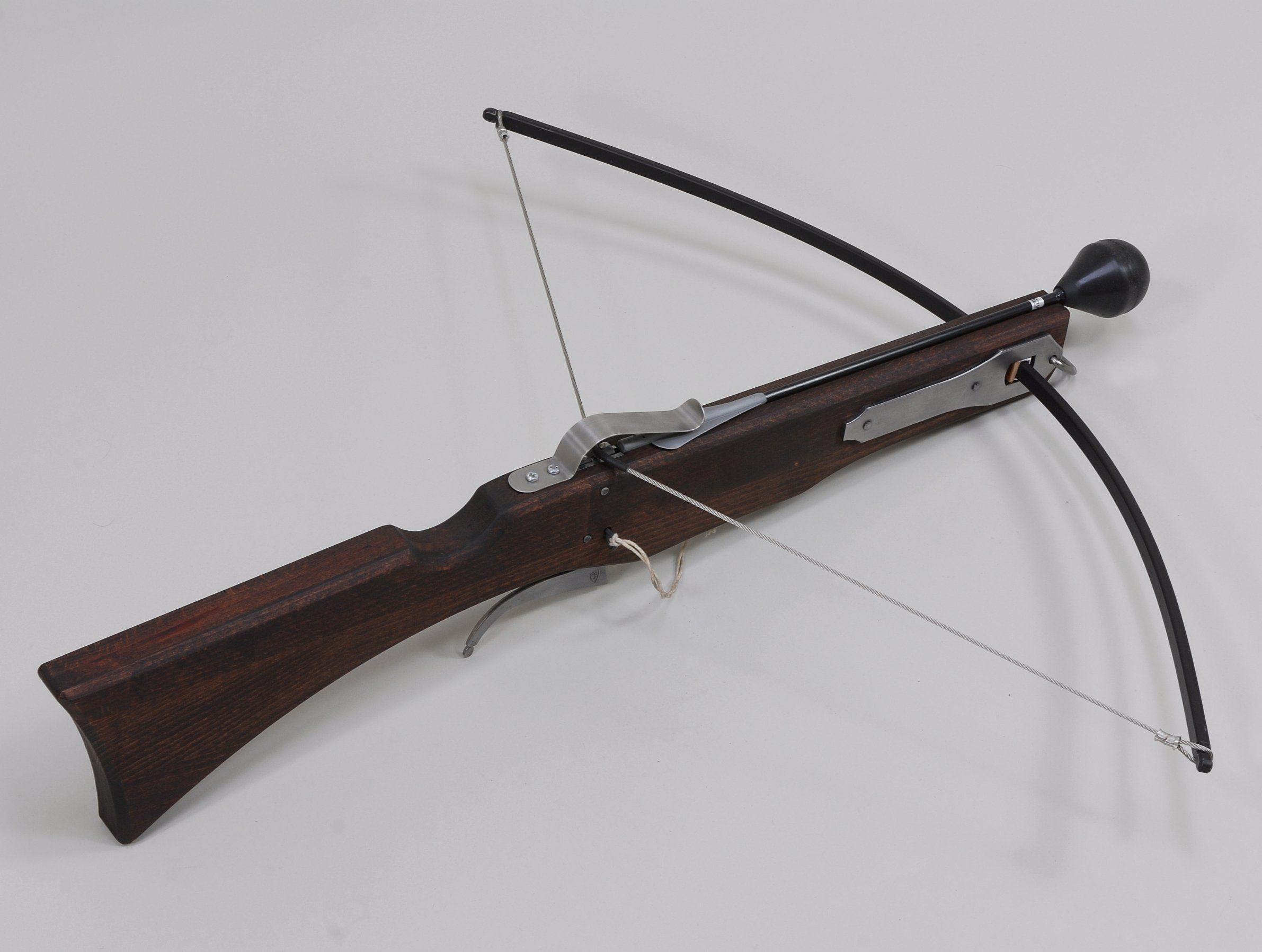 Jägerarmbrust mit Sicherheitsbolzen